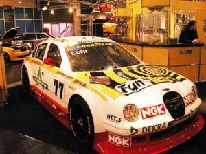 593__Auf-der-Essen-Motorshow-2002-stellen-wir-den-von-TUNETEC-gesponserten-Rennwagen-