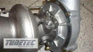 1981__Fuer-alle-die-mehr-wollen--K26---10-80-Turbolader-fuer-das-Audi-2-7l-Bi-Turbotri