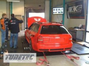 2395__Leistungsmessung-Audi-RS4-3-0-K24------br--br-832PS---1097NM-nach-DIN